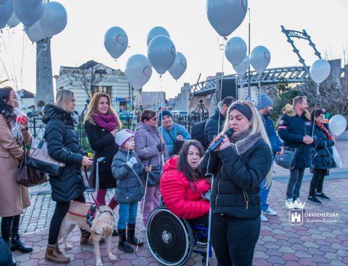 Flashmobot rendezett december 11-én Lengyel Zsófi